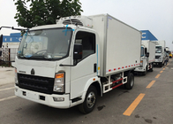 Vegetables / Fruits Refrigerated Delivery Truck 4X2 8 Tons with 140 HP Engine