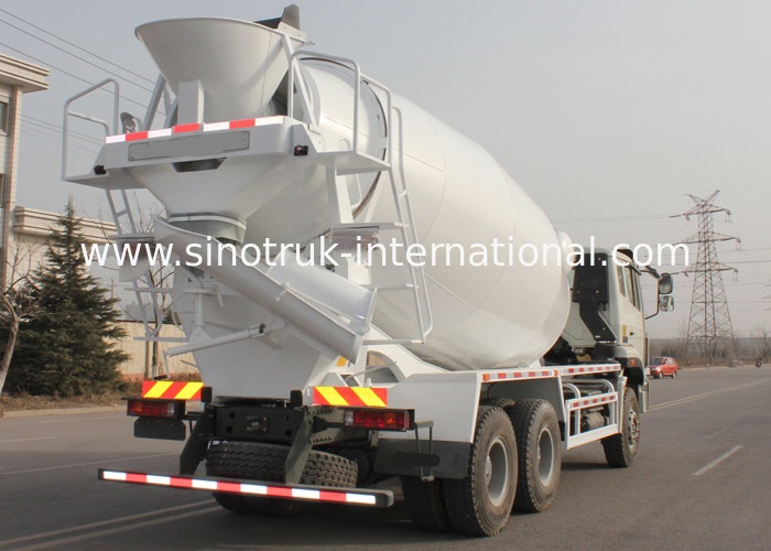 mobile Concrete Mixer Truck with pump , 10 CBM Trailer Concrete Mixer