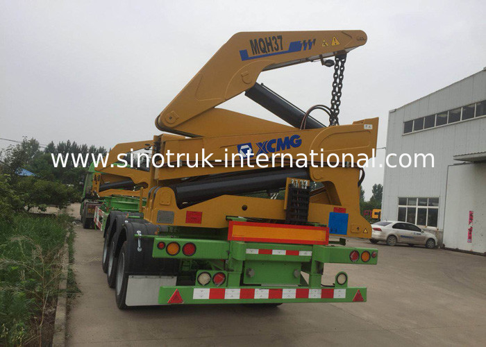Normal Suspension Truck Mounted Crane With 3 Axles 40 Feet Container