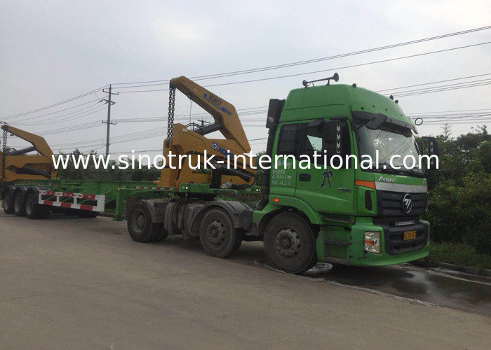 3 Axle Truck Mounted Crane Container For Transportation Self Loading