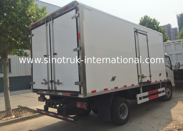 High Insulation Refrigerated Truck With Polymer Composites Van Board