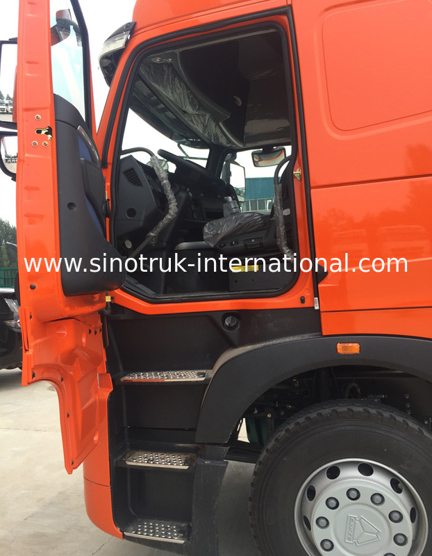 Construction Site 4X2 International Tractor Truck Head With Diesel Engine