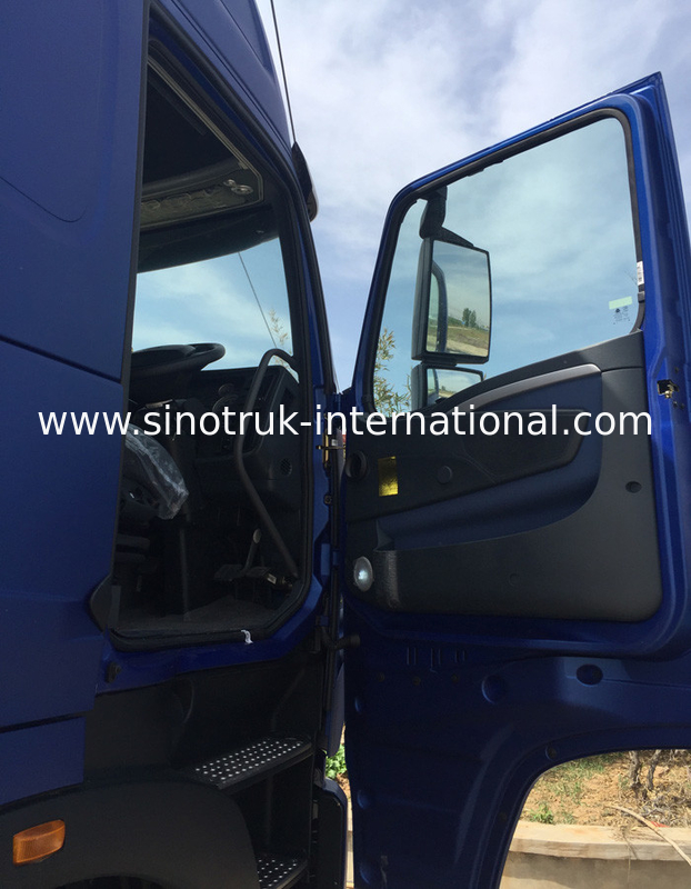 SINOTRUK HOWO Semi Truck Tractor ZZ4257N3247N1B Head With Air Conditioner