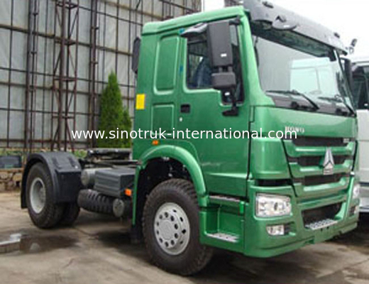 China SINOTRUK HOWO Tractor Truck LHD 4X2 Euro2 290HP ZZ4187M3511V factory