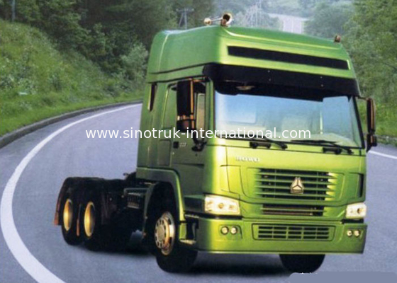 China SINOTRUK HOWO Tractor Truck LHD 6X4 Euro2 290HP factory