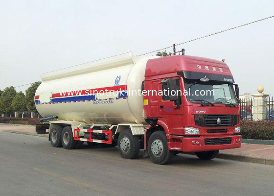 Semi Bulk Cement Truck With 4 Stroke Electronic Fuel Injection Diesel Engine