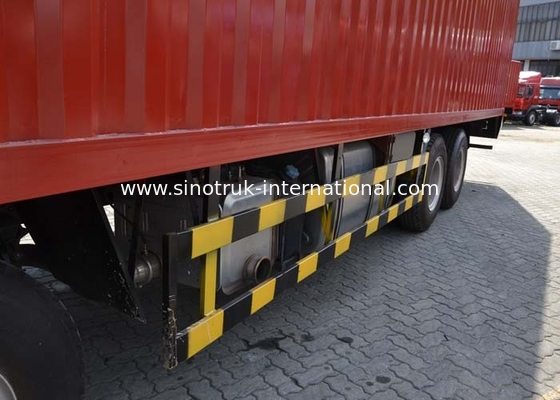 China Professional Cargo Commercial Vehicles With Four Independent Braking System factory