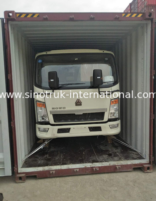 SINOTRUK HOWO 5 Tons Light Truck LHD for Logistics ZZ1047C2813C145