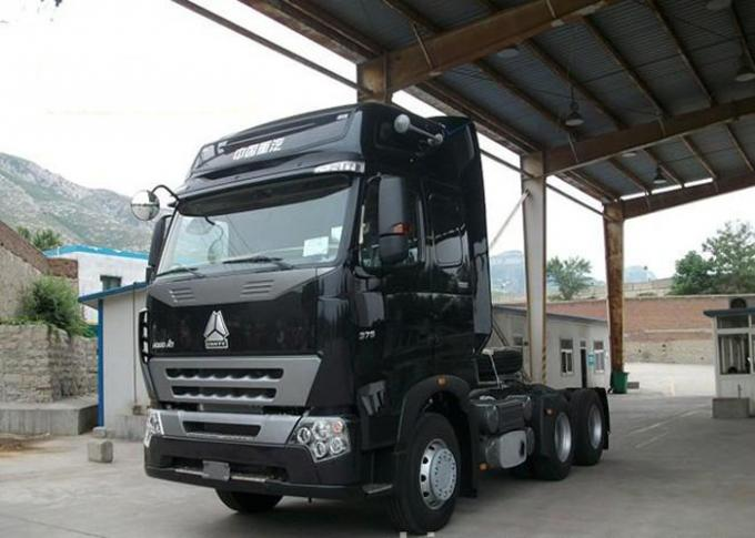 Flat Roof Cab Tractor Truck For Trailer , 6x4 Tractor Unit Trailer Head