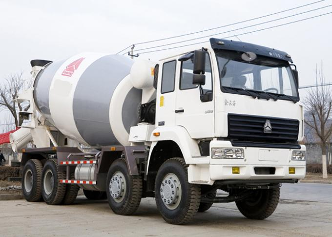 Durable Industrial Concrete Mixer Vehicle 8×4 High Running Efficiency
