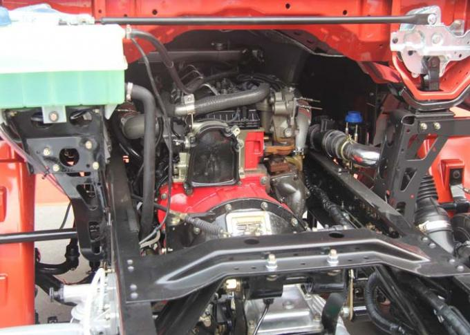 Multi - Functional 85HP Diesel Engine Euro 2 Light Duty Commercial Trucks