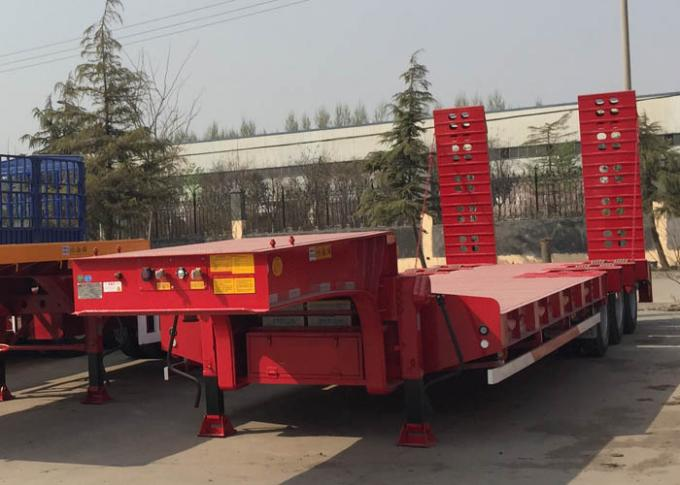 Loading Construction Machines Hydraulic Flatbed Trailer 3 Axles 80 Tons 17m