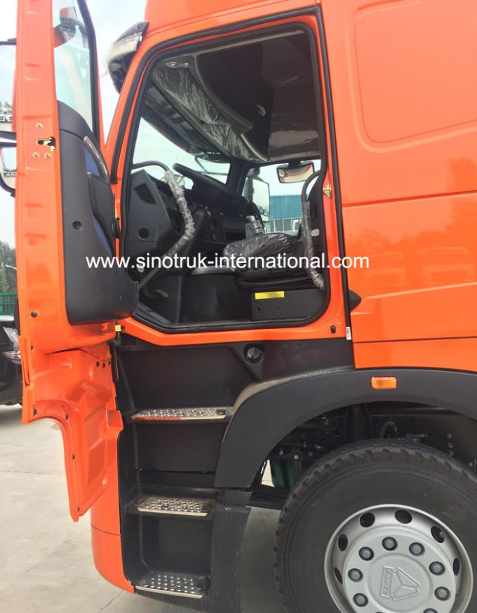 Left Hand Driven Tractor And Semi Trailer Howo Heavy Duty Truck Euro II