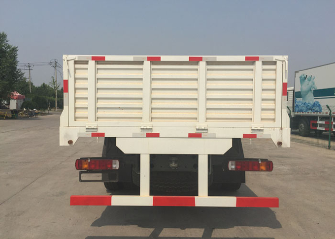 SINOTRUK Heavy Duty Lorry Cargo Truck 9280 * 2300 * 800mm Commercial Truck And Van