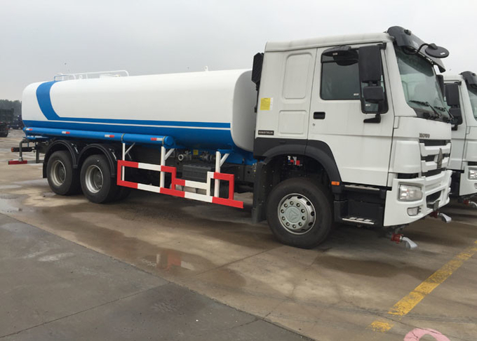 6000 Gallon Water Tank Truck Hydraulically Operated Air Assistance SINOTRUK HOWO