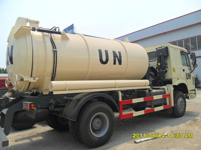 Sanitation Enterprise Sewage Suction Truck 8-12CBM LHD 4X2 , Liquid Waste Trucks