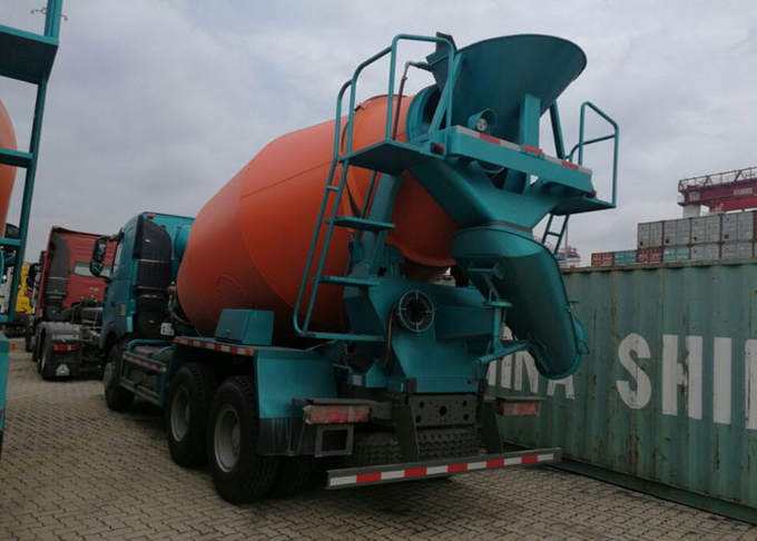 Large Capacity Concrete Mixer Truck For Construction Site SINOTRUK HOWO A7