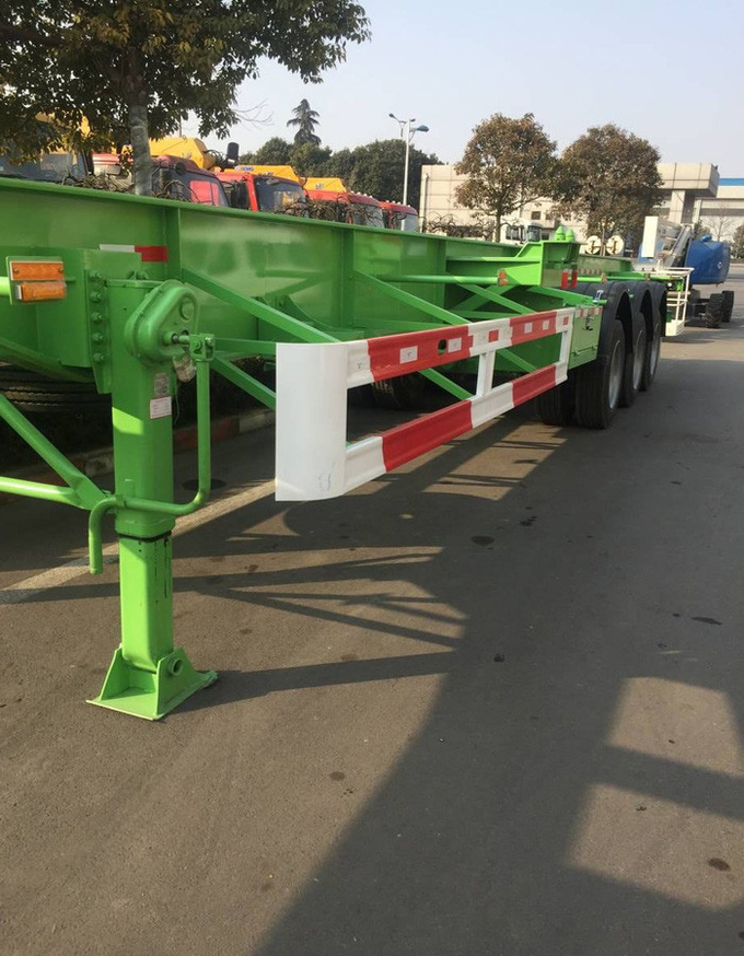 High Power Truck Mounted Jib Crane / Mounted Crane Truck 37 Tons Lifting Capacity
