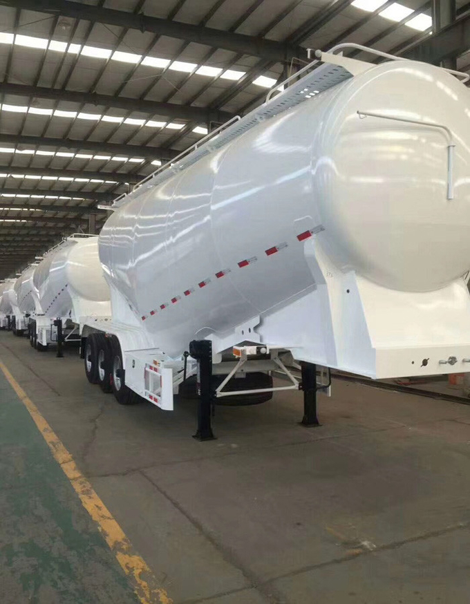 Carbon Steel Semi Trailer Truck For Powder Material Transporting